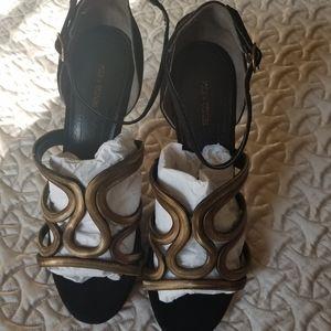 Pour la Victoire high heel sandals